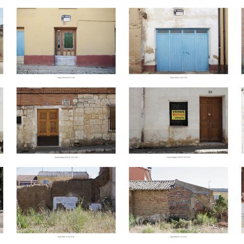 """Archivo Territorio. Proyecto 𠇊rcadia"""" (En venta). 251,6x1406 cms. (242 fotografías de 29,7x42 cms.) 2016-2020. (Detalle)."""