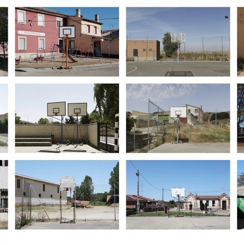 """Archivo Territorio. Proyecto """"In corpore sano"""" (Canastas). 188,2x482 cms. (58 fotografías de 29,7x42 cms.) 2016-2020. (Detalle)."""
