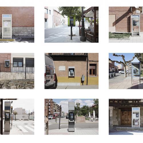 """Archivo Territorio. Proyecto """"Geografía"""" (Cabinas telefónicas,  Tierra de Campos y Cerrato, Palencia, Valladolid, León, Zamora), 93,1x306 cms. (21 fotografías de 29,7x42 cms) 2016-2018."""