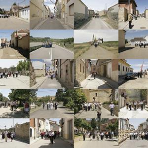 """proyecto """"Extras"""" (209-11); S/T, 40 fotografías de 20x30 cms/u.; instalación: 105x248 cms."""