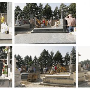 """proyecto """"La Estrategia del Avestruz"""" (2007-12); S/T (Dueñas, Palencia), 5 fotografías de 73x100 cms; instalación: 146x300 cms."""