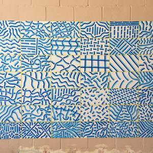 Autor: José Medina Galeote     Año: 2017 Técnica: Acrílico sobre papel. Medidas: 56 dibujos de 22 x 42 c/u Total: 154 X 336 cm