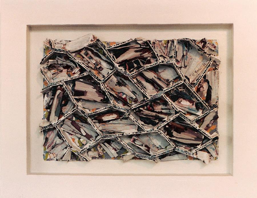 El laberinto y la falsa paz. 1984. Técnica mixta. 35 x 45 x 3 cms.